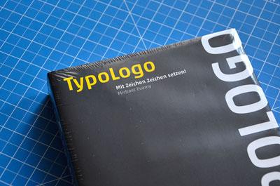 Foto TypoLogo Cover
